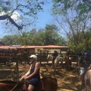 Costa_Rica_horseback_riding_horse_excursion_tour_family